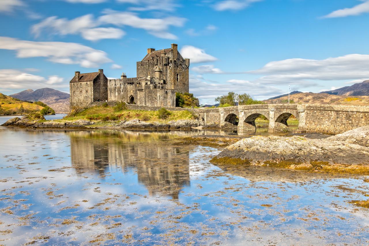 Kết quả hình ảnh cho Eilean Donan Castle